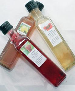 Kräuteröl und Essig
